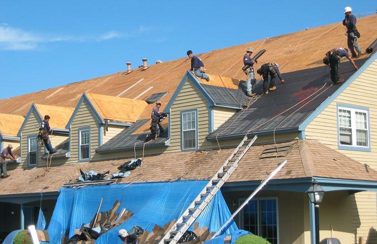 <i>Impermeabilizzazione tetto a falde inclinate</i>