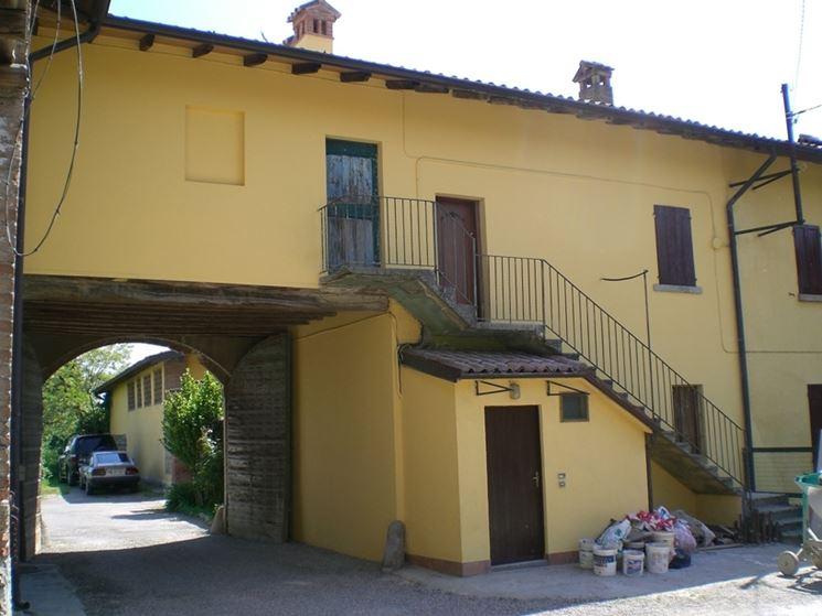 Costo e stesura pittura termoisolante la pittura - Pittura esterna casa ...