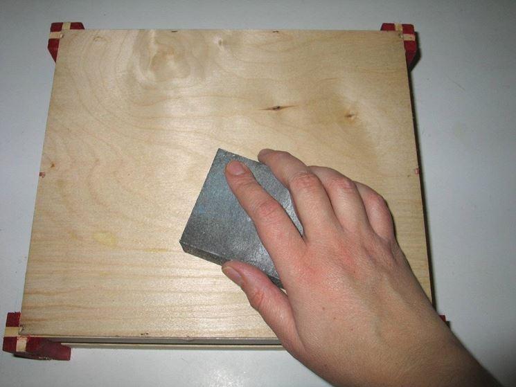 Carteggiatura del legno