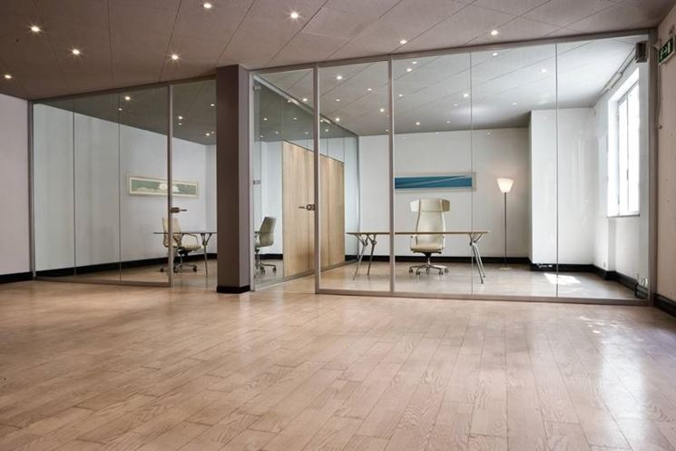 caratteristiche delle pareti di vetro - Le Pareti divisorie - le ...