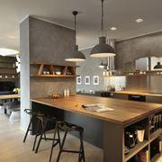 parete divisoria tra cucina e living