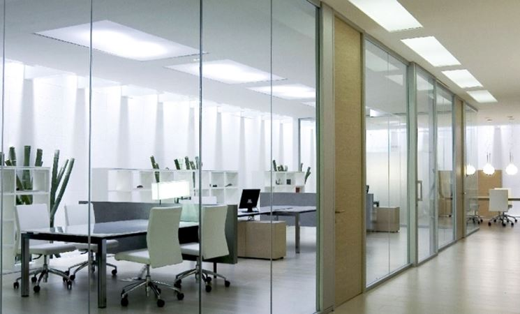 Realizzare pareti in vetro le pareti pareti in vetro - Pareti divisorie per casa ...