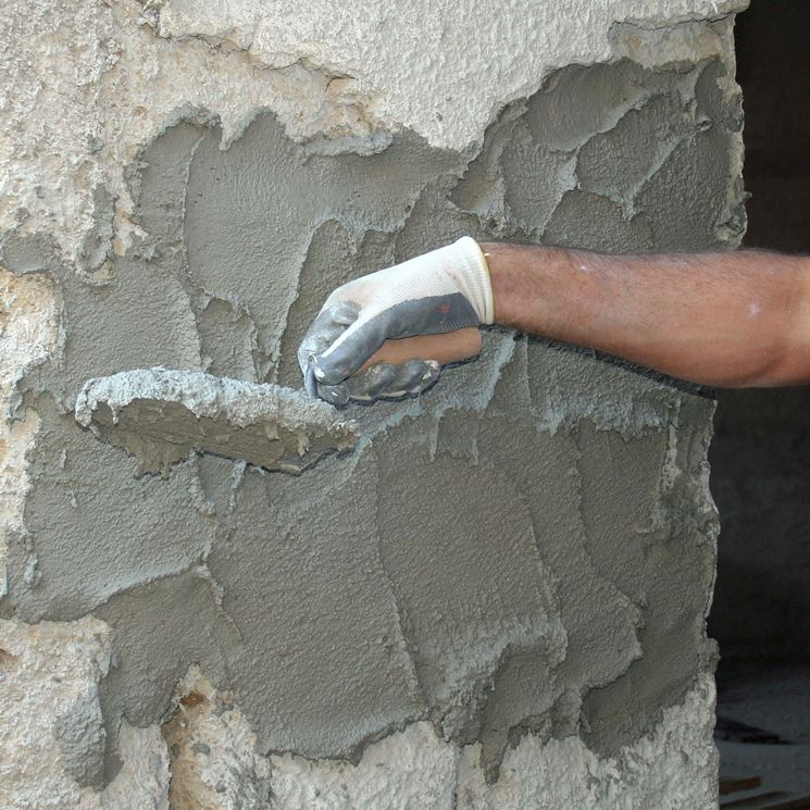 Intonacatura di una parete