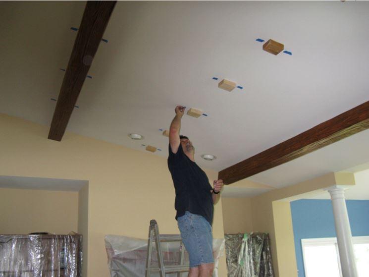 Soffitto In Legno Finto : Costo soffitto con travi in legno design casa creativa e mobili