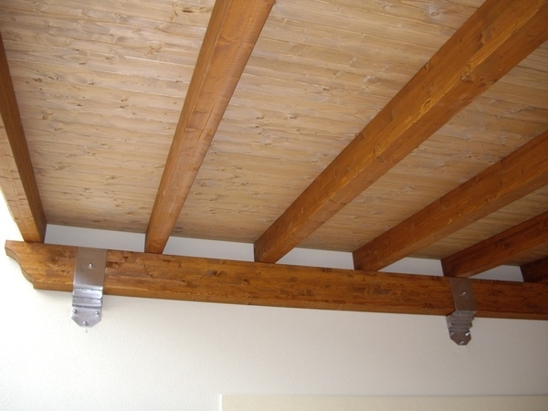 Soffitto In Legno Lamellare : Soffitti in legno lamellare great quando siamo sul punto di