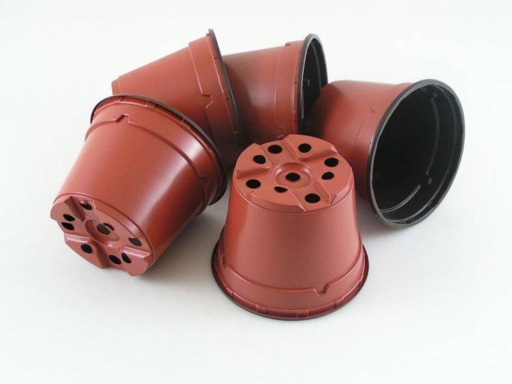 Caratteristiche dei vasi in plastica - Scelta dei Vasi - I vasi in plastica: ...