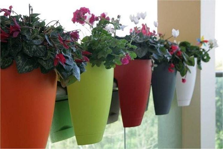 Come scegliere i vasi da balcone - Scelta dei Vasi - Vasi da balcone ...