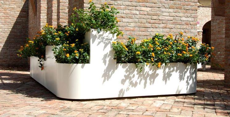 come scegliere le fioriere da giardino scelta dei vasi