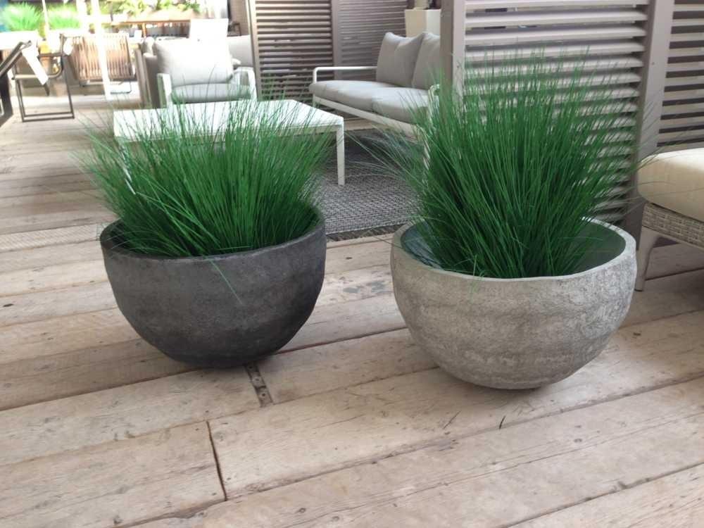 Come scegliere le fioriere per esterno scelta dei vasi - Porta piante da esterno ...