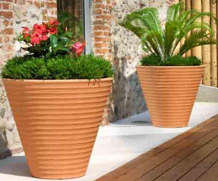Prezzo vasi da giardino resina scelta dei vasi cosa - Vasi da giardino ...
