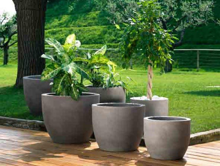 Vasi Per Esterno In Plastica.Scegliere I Vasi Giardino Plastica Scelta Dei Vasi Come