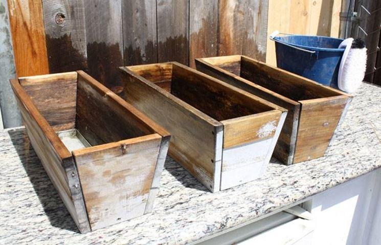 Scegliere le fioriere in legno scelta dei vasi for Vasi di legno